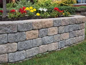 How to lay bricks for a garden wall