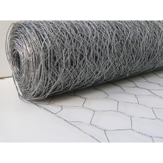 Chicken Mesh 900mm x 10m Roll With 50mm Holes (19g)
