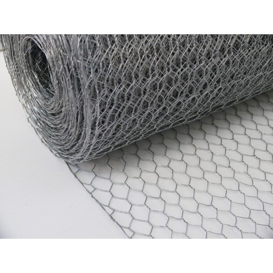 Chicken Mesh 900mm x 25m Roll With 13mm Holes (22g)